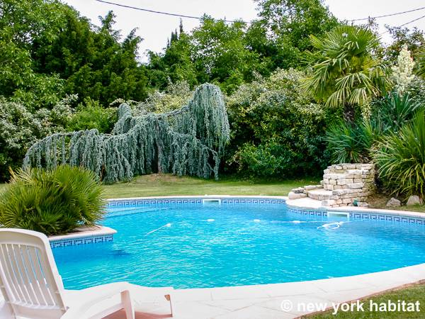 South of France Puyricard, Provence - 3 Bedroom accommodation - Apartment reference PR-525