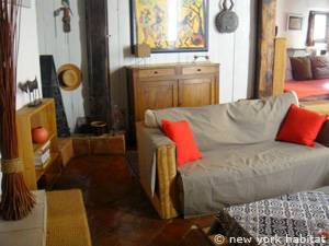 South of France - Provence - 1 Bedroom - Loft apartment - living room (PR-549) photo 2 of 8