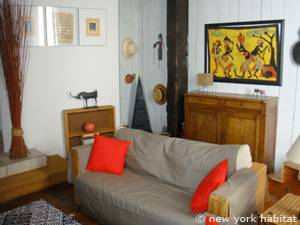 South of France - Provence - 1 Bedroom - Loft apartment - living room (PR-549) photo 3 of 8