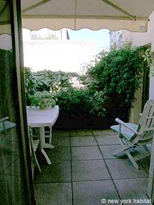 South of France - Provence - 1 Bedroom accommodation - living room (PR-554) photo 5 of 5