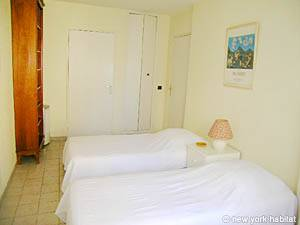 South of France - Provence - 1 Bedroom accommodation - bedroom (PR-554) photo 5 of 7