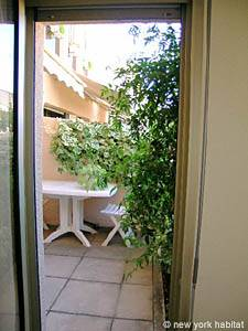 South of France - Provence - 1 Bedroom accommodation - bedroom (PR-554) photo 6 of 7
