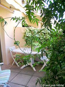 South of France - Provence - 1 Bedroom accommodation - bedroom (PR-554) photo 7 of 7