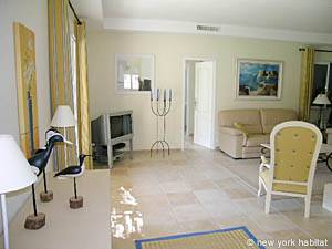 South of France - Provence - 4 Bedroom - Villa accommodation - living room (PR-557) photo 3 of 9