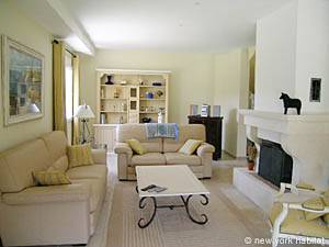 South of France - Provence - 4 Bedroom - Villa accommodation - living room (PR-557) photo 5 of 9