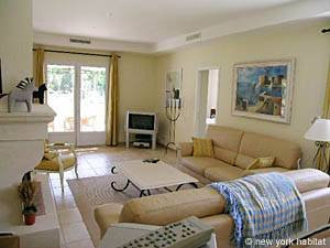 South of France - Provence - 4 Bedroom - Villa accommodation - living room (PR-557) photo 6 of 9