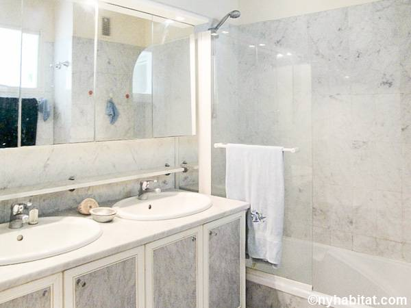 South of France - French Riviera - 2 Bedroom accommodation - bathroom 1 (PR-558) photo 1 of 1
