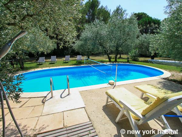 South of France Lourmarin, Provence - 3 Bedroom accommodation - Apartment reference PR-593