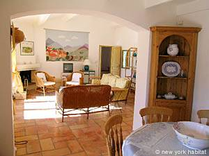 South of France - Provence - 4 Bedroom - Villa accommodation - living room (PR-603) photo 2 of 13
