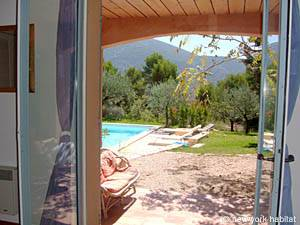 South of France - Provence - 4 Bedroom - Villa accommodation - bedroom 1 (PR-603) photo 1 of 5