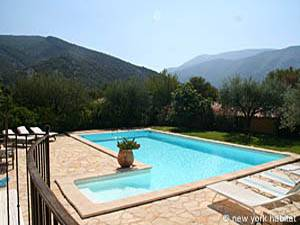 South of France - Provence - 4 Bedroom - Villa accommodation - Apartment reference PR-603