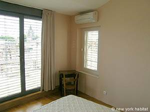 South of France - Provence - 1 Bedroom accommodation - bedroom (PR-617) photo 4 of 8