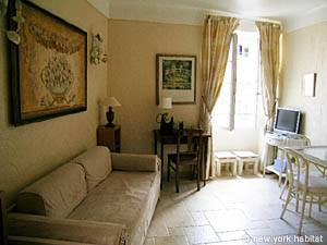 South of France - French Riviera - Studio accommodation - living room (PR-630) photo 2 of 10