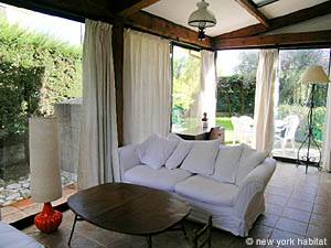 South of France - French Riviera - 2 Bedroom accommodation - living room (PR-633) photo 4 of 25