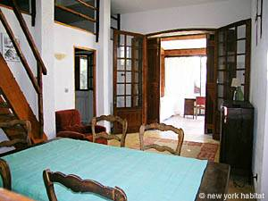 South of France - French Riviera - 2 Bedroom accommodation - living room (PR-633) photo 16 of 25