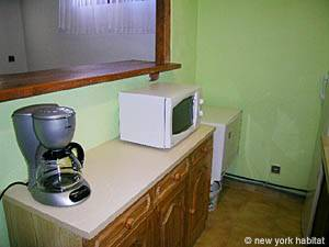 South of France - French Riviera - 2 Bedroom accommodation - kitchen (PR-633) photo 5 of 9