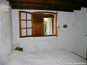 South of France - French Riviera - 2 Bedroom accommodation - bedroom 1 (PR-633) photo 6 of 7