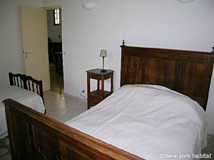South of France - French Riviera - 2 Bedroom accommodation - bedroom 2 (PR-633) photo 5 of 6