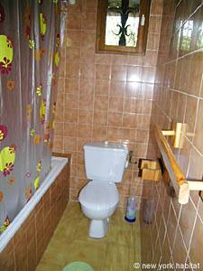South of France - French Riviera - 2 Bedroom accommodation - bathroom (PR-633) photo 2 of 6
