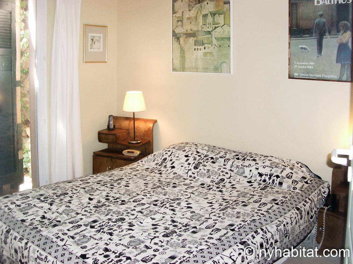 South of France - Provence - 2 Bedroom - Villa apartment - bedroom 1 (PR-654) photo 1 of 2