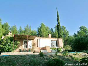 South of France - Provence - 4 Bedroom - Villa accommodation - other (PR-692) photo 24 of 29