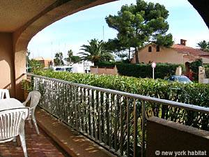 South of France - French Riviera - 1 Bedroom accommodation - living room (PR-714) photo 9 of 11