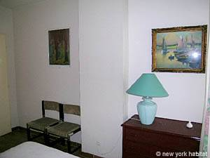 South of France - French Riviera - 1 Bedroom accommodation - bedroom (PR-714) photo 2 of 6