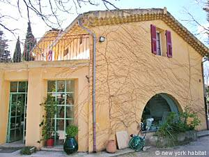 South of France - Provence - 3 Bedroom - Villa accommodation - other (PR-715) photo 1 of 31