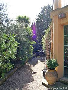South of France - Provence - 3 Bedroom - Villa accommodation - other (PR-715) photo 22 of 31