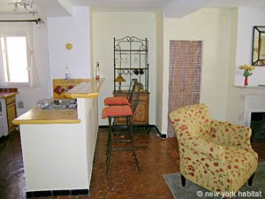 South of France - Provence - 1 Bedroom accommodation - living room (PR-758) photo 6 of 8