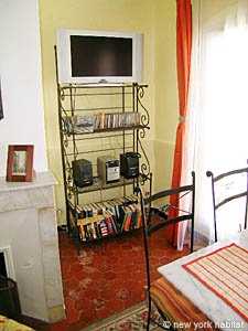 South of France - Provence - 1 Bedroom accommodation - living room (PR-758) photo 3 of 8