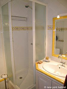 South of France - Provence - 1 Bedroom accommodation - bathroom (PR-758) photo 1 of 4