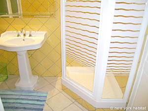 South of France - French Riviera - 2 Bedroom accommodation - bathroom 1 (PR-800) photo 2 of 4