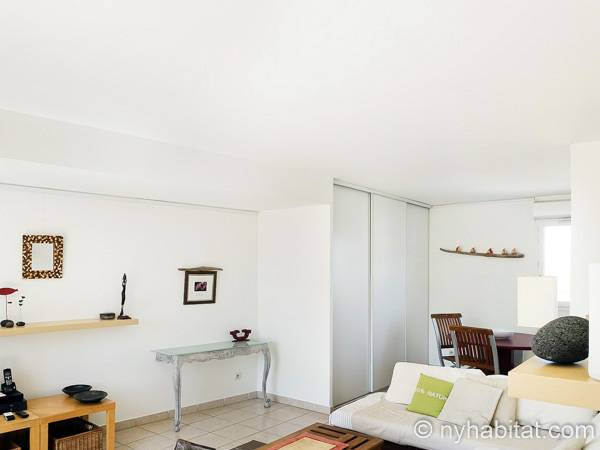 South of France - Provence - 1 Bedroom - Penthouse apartment - living room (PR-820) photo 3 of 4