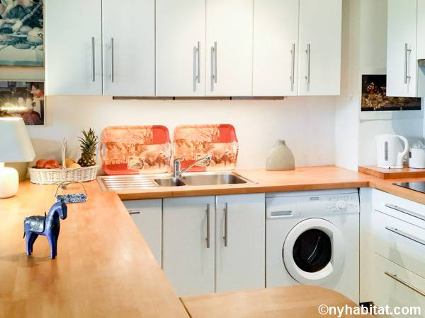 South of France - Provence - Studio apartment - kitchen (PR-842) photo 1 of 3