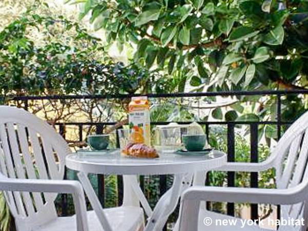 South of France - French Riviera - 2 Bedroom accommodation - Apartment reference PR-852