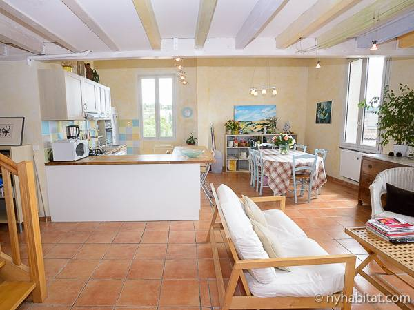 South of France - Provence - 5 Bedroom - Duplex apartment - living room (PR-919) photo 5 of 9