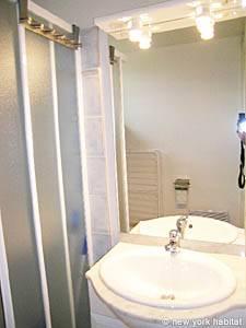 Casa vacanza nel sud della francia 2 camere da letto for 3 piani di casa bagno 2 camere da letto