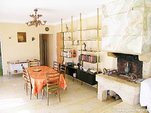 South of France - French Riviera - 3 Bedroom - Villa accommodation - living room (PR-948) photo 3 of 4