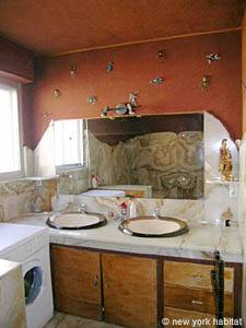 South of France - French Riviera - 3 Bedroom - Villa accommodation - bathroom 1 (PR-948) photo 1 of 2