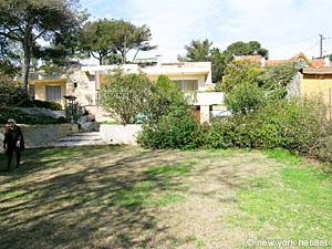 South of France - French Riviera - 3 Bedroom - Villa accommodation - other (PR-948) photo 6 of 15