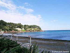 South of France - French Riviera - 3 Bedroom - Villa accommodation - other (PR-948) photo 11 of 15