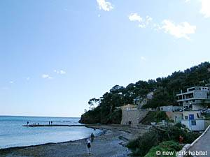 South of France - French Riviera - 3 Bedroom - Villa accommodation - other (PR-948) photo 13 of 15
