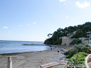 South of France - French Riviera - 3 Bedroom - Villa accommodation - other (PR-948) photo 15 of 15