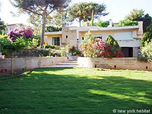 South of France - French Riviera - 3 Bedroom - Villa accommodation - other (PR-948) photo 1 of 15