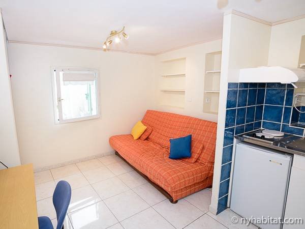 Living Room 983
