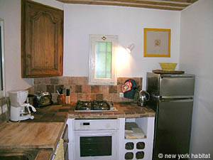 South of France - Provence - 2 Bedroom - Villa accommodation - kitchen (PR-993) photo 2 of 5