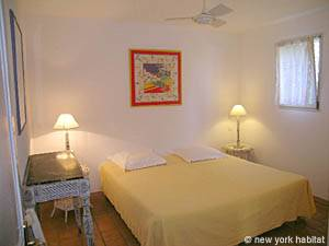 South of France - Provence - 2 Bedroom - Villa accommodation - bedroom 1 (PR-993) photo 1 of 4