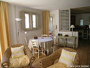 South of France - Provence - 2 Bedroom - Villa accommodation - living room (PR-993) photo 1 of 6