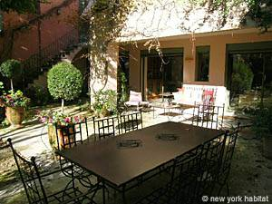 Sud de la France - Provence - T2 appartement location vacances - autre (PR-1000) photo 5 sur 7